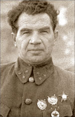 Василий Иванович Чуйков;   Георгий ЗЕЛЬМА (РИА «Новости»)